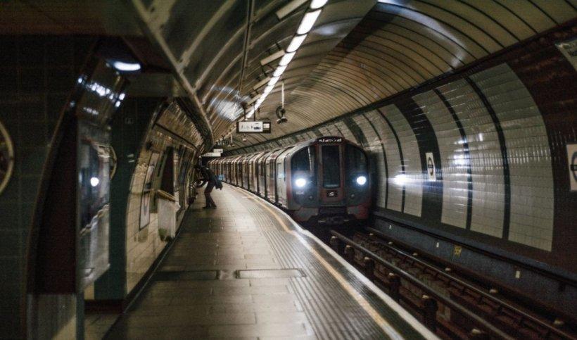 """Vom avea metrou în Drumul Taberei până la 30 iunie 2020, asigură ministrul interimar al Transporturilor. """"Îmi asum punerea în funcţiune cu călători"""""""