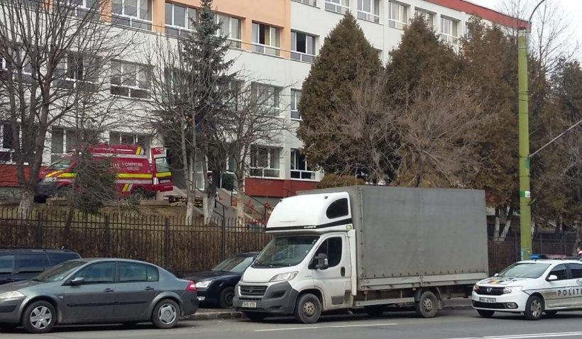 Un elev a căzut de la etaj la Liceul de Arte Plastice din Braşov