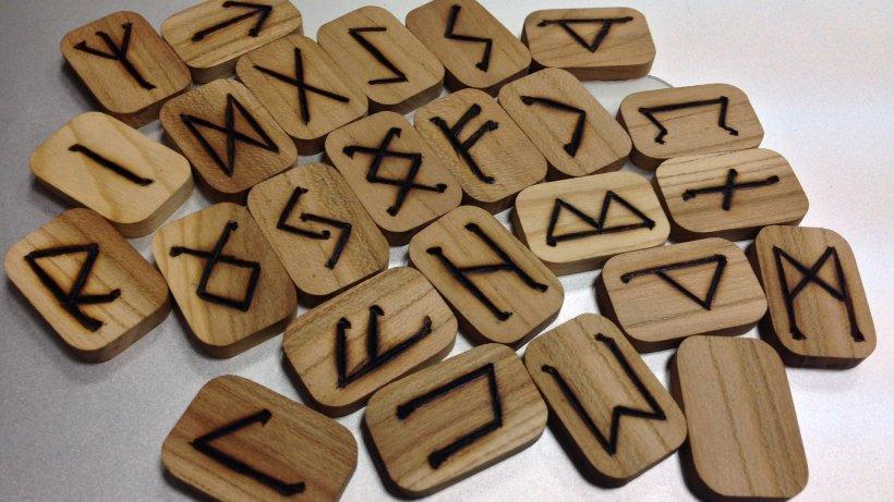 HOROSCOP. Mesaje rune pentru săptămâna 24 februarie - 1 martie. Fecioarele au parte de prosperitate, Capricornii dau peste un blocaj