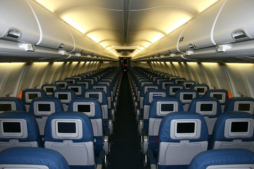 Avionul cu care a călătorit italianul cu coronavirus s-a întors gol la Craiova. Aeronava, dezinfectată după patru zile
