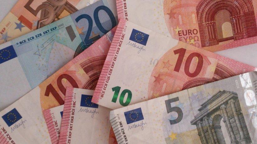 Curs valutar BNR 27 februarie 2020. Euro, în scădere ușoară