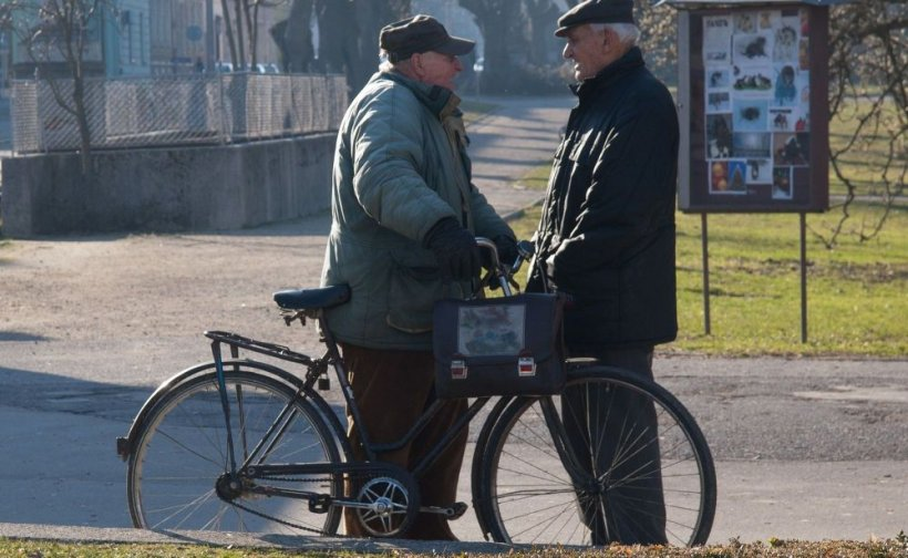 Pensii 2020. Semnal de alarmă: Românii trebuie să accepte taxe mai mari pentru a se putea plăti pensii decente