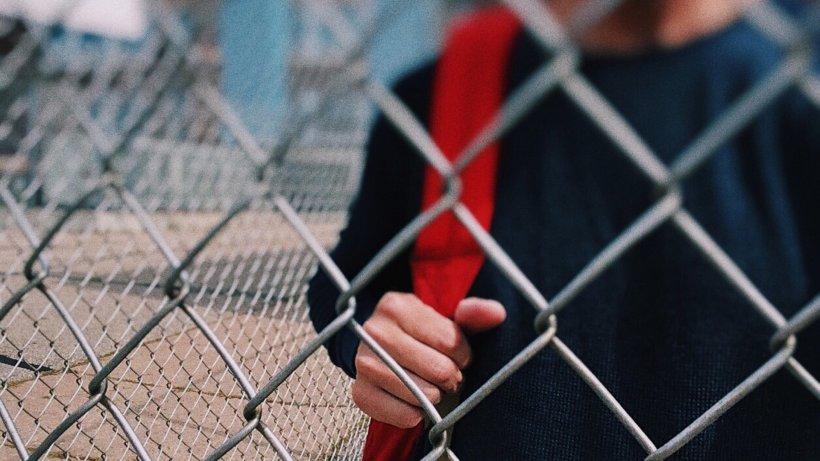 Colegiu închis în Câmpina. O elevă este suspectă de coronavirus