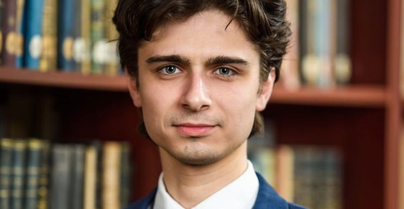 Un student, candidatul împotriva lui Tudor Toader pentru funcţia de rector. Silvian Emanuel Man vine cu acuzații la adresa fostului ministru al Justiției