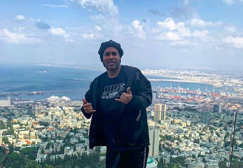 Lumea fotbalului se zdruncină. Ronaldinho, arestat în Paraguay