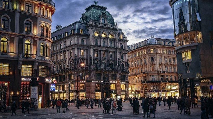 Austria îşi cheamă acasă toţi cetăţenii din străinătate