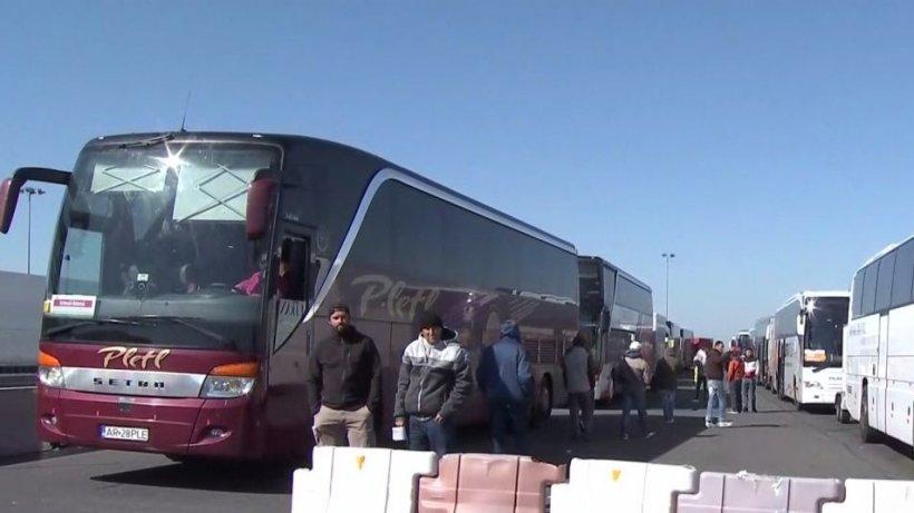 Noile măsuri anunţate de autorităţi au produs probleme pentru românii care au vrut să intre în ţară