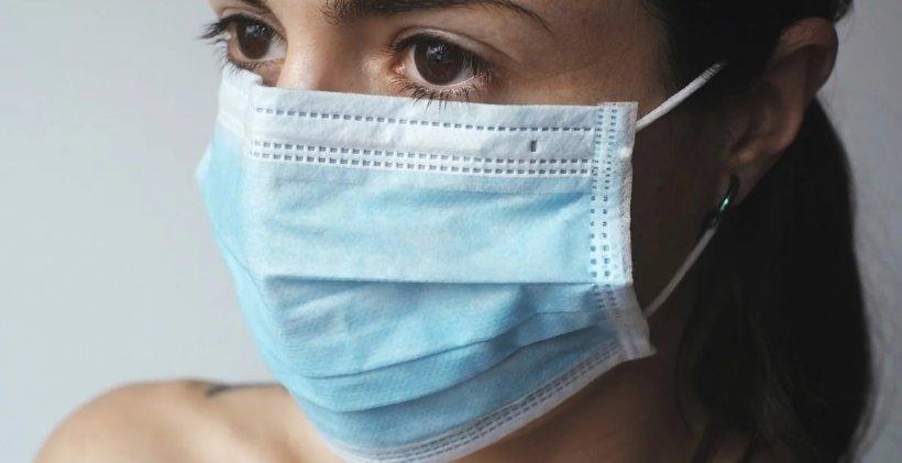 OMS: Pacienții vindecați de COVID-19 pot transmite virusul în continuare