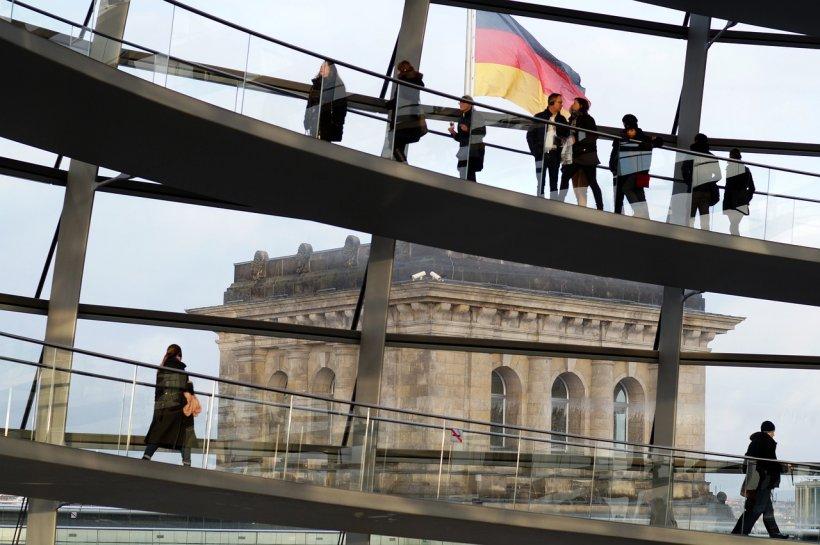 Germania dă testul ridicării în timp record a unui spital pentru pacienții de coronavirus, după exemplul Chinei