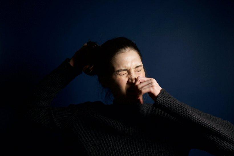 BBC: Cum sună, de fapt, tusea provocată de coronavirus - AUDIO
