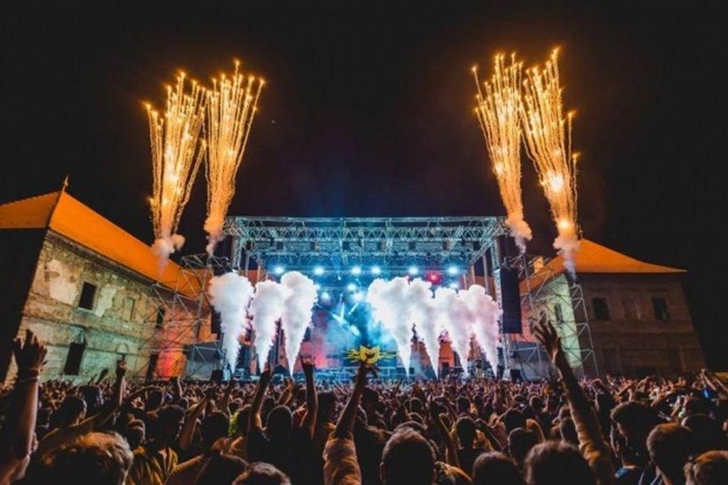 """Organizatorii Electric Castle, încrezători că festivalul va avea loc. """"Stați în casă pentru ca, la vară, să ne bucurăm de festivaluri!"""""""