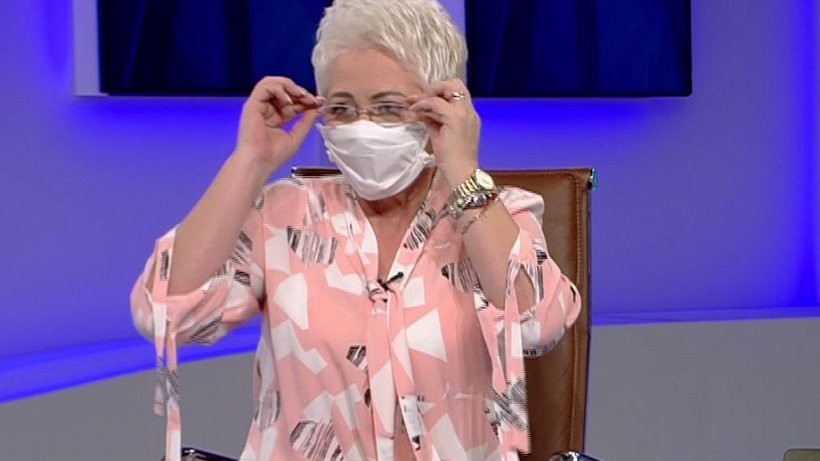 Adevaruri ascunse: Lidia Fecioru arată cum îți faci o mască de protecție în doar 3 minute