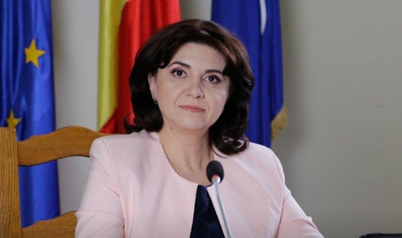 Ministrul Educației: Ne preocupăm de modul în care elevii își continuă învățarea de acasă. Nu luăm în calcul înghețarea anului școlar