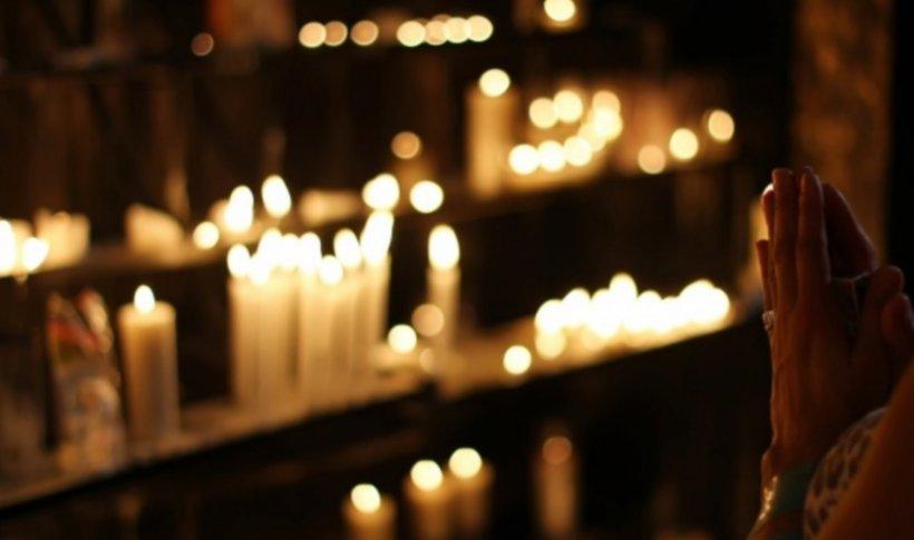 Zeci de enoriași au intrat în autoizolare, după ce dascălul unei biserici din Suceava a aflat că e infectat cu COVID-19