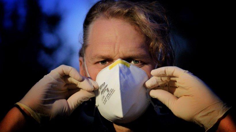 O persoană cu coronavirus ar putea contamina alți 59.000 de oameni