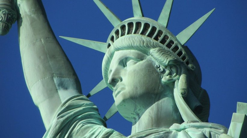 SUA: Plan uriaş de salvare, fără egal în istorie. Pieţele, la maximul ultimilor zece ani