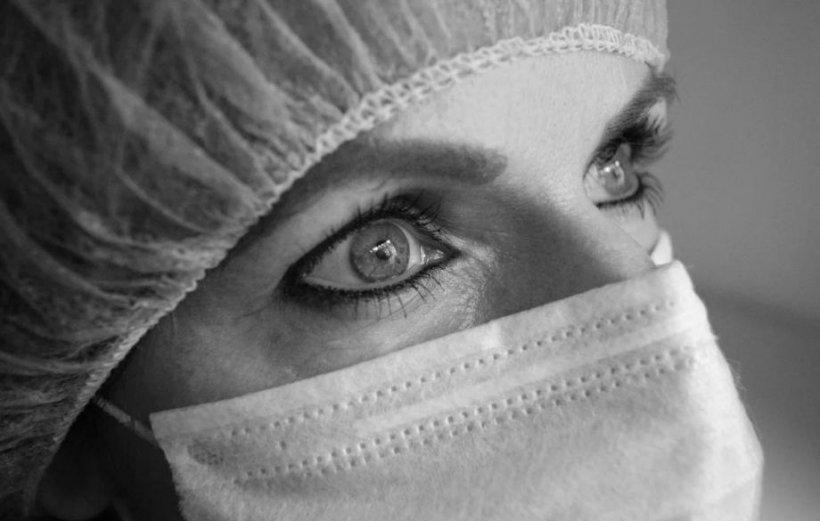 Asistentă de la Spitalul Suceava: DSP ne-a spus să stăm acasă până vin testele de coronavirus, dar ne cheamă de la serviciu