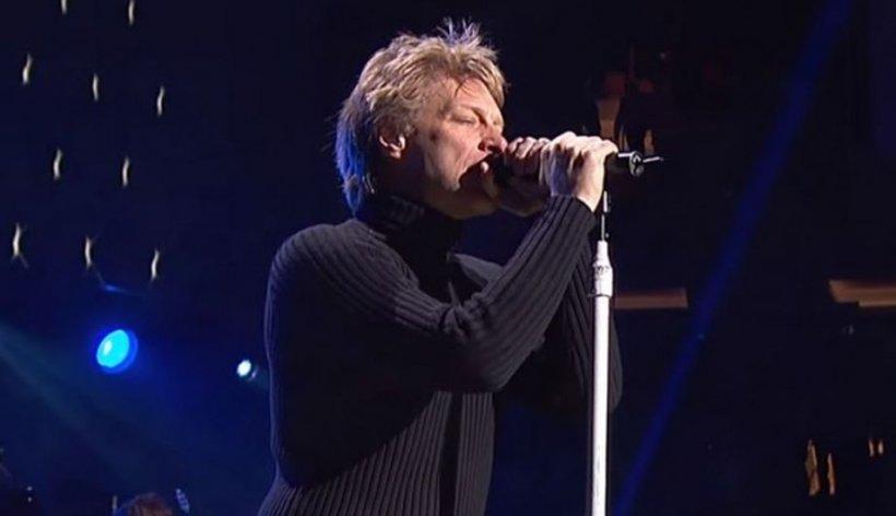 """Jon Bon Jovi susţine că unul dintre fiii săi are o """"formă uşoară"""" de coronavirus: E """"destul de dificil"""" să faci rost de un test"""