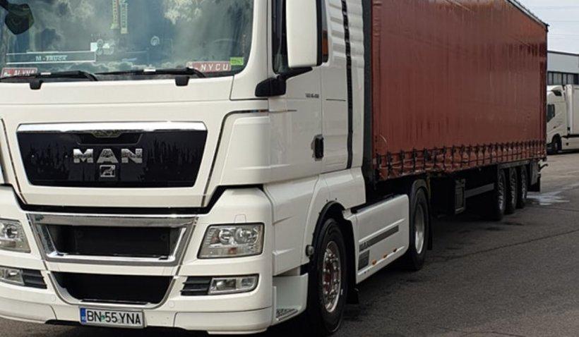 Un șofer român își pune la dispoziție TIR-ul pentru spitalele din România
