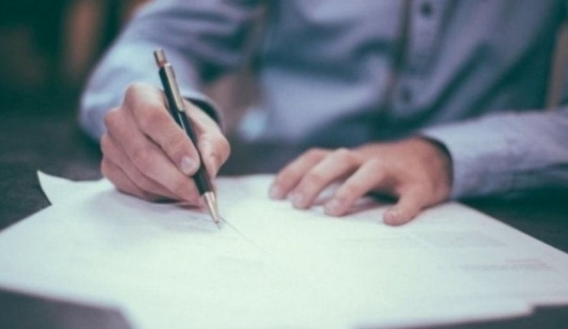 Angajatorii pot depune solicitări pentru decontarea şomajului tehnic al angajaţilor