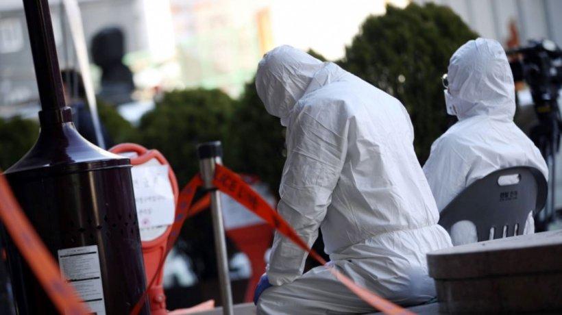 Un deces provocat de coronavirus a fost anunțat abia după patru zile. Explicația autorităților