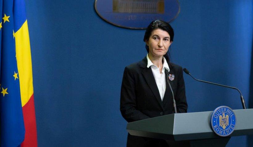 Violeta Alexandru, despre șomajul tehnic: Acestea sunt documentele pe care le depun cei cu alte forme de angajare decât contractul individual de muncă