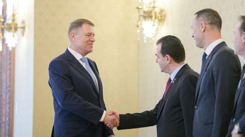 Klaus Iohannis - întâlnire cu premierul Ludovic Orban pe tema epidemiei COVID-19 525
