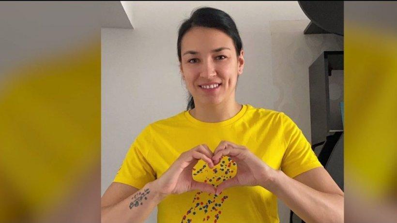 Cristina Neagu donează pentru Crucea Roşie şi le transmite românilor un mesaj - VIDEO