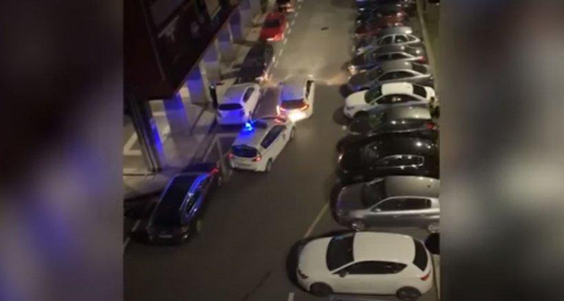 Român cu boli psihice, filmat în timp ce distrugea mașinile polițiștilor din Spania (VIDEO)