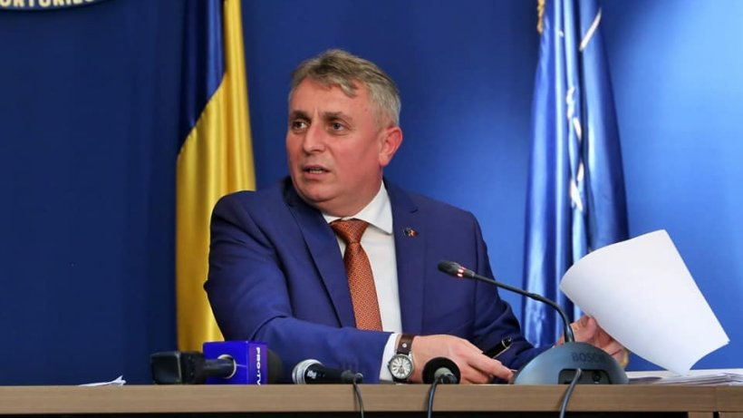 Ministrul Transporturilor: Nu se pune problema suspendării transportului în regim de taxi