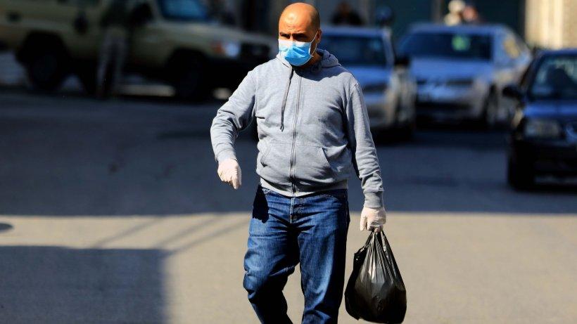 """Muncitor din Suceava, plecat la muncă în Germania, acuzații grave: """"Suntem tratați mai rău ca la stână"""""""