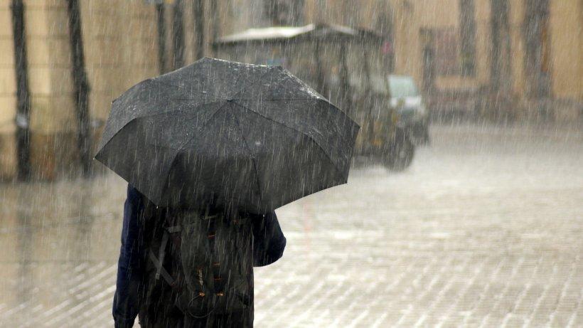 Două avertizări cod galben de vânt puternic și ninsori. Prognoză specială și pentru Capitală