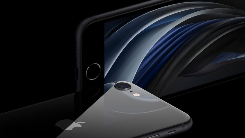 Apple a lansat un nou model de iPhone, la preț accesibil
