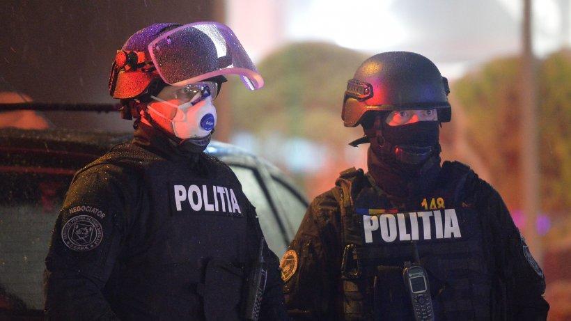 Șapte români s-au ales cu dosare penale după ce au mințit polițiștii de la frontieră pentru a scăpa de carantină