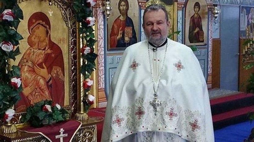 """Un preot român din Spania l-a comparat pe Klaus Iohannis cu Iuda: """"Suntem obisnuiți să ne purtăm crucea"""""""