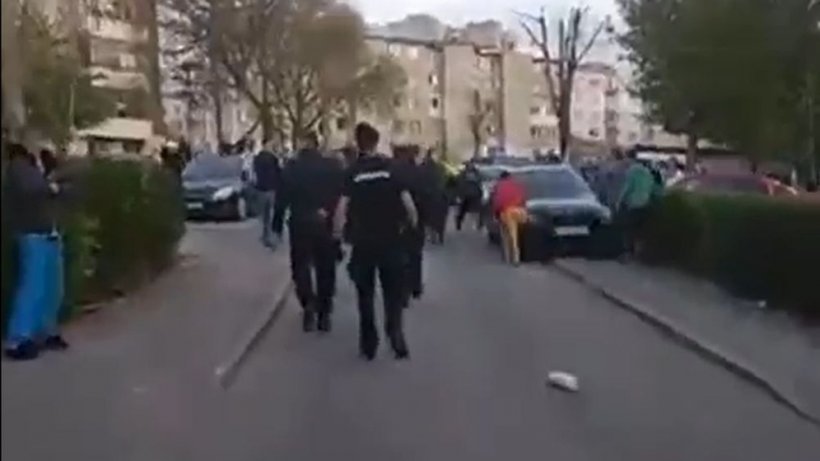 Patru bărbați reținuți după incidentele din Hunedoara