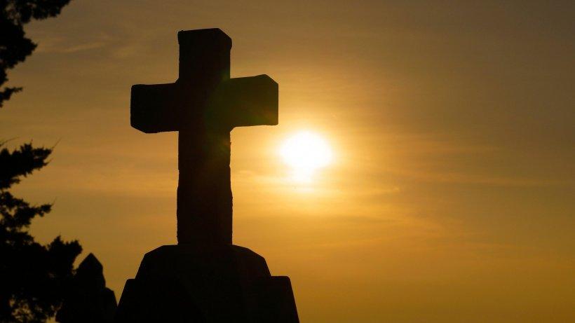 Calendar ortodox 21 aprilie. Ce sfânt este sărbătorit astăzi