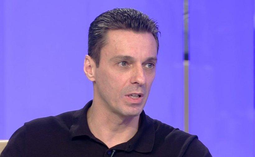 Mircea Badea: Îmi e frică de clanuri, dar la fel de frică îmi e frică de oamenii legii. Sunt mână-n mână cu ei!
