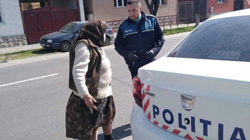 Bătrânica din Năsăud a fost oprită de un polițist și invitată apoi să urce în mașină. Nu s-a așteptat deloc să i se întâmple asta (FOTO)
