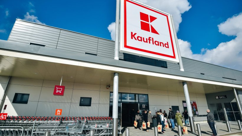 Kaufland, anunț pentru clienți: E fals! Nu faceți asta!