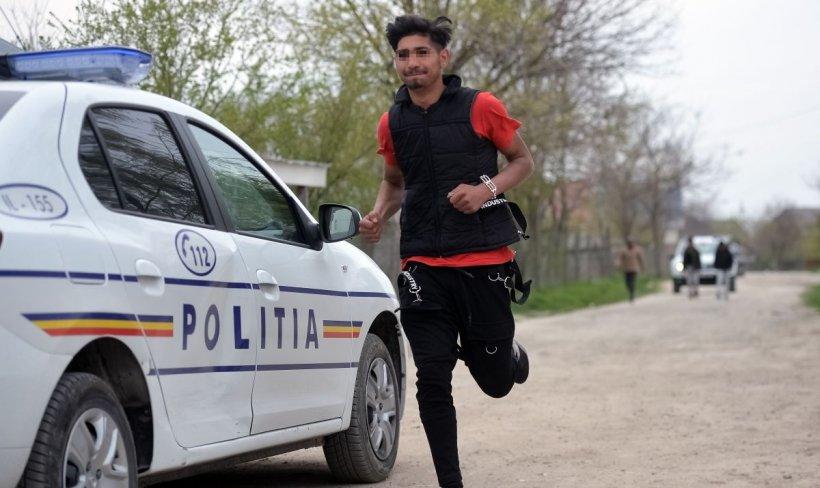 Polițiști bătuți și atacați cu furci și lopeți, după o vânzare eșuată a unui cal, în Sibiu