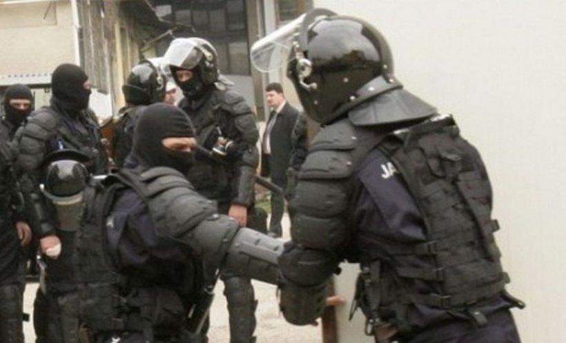 Interlopii din Timișoara ajutați de polițiști să scape de anchete