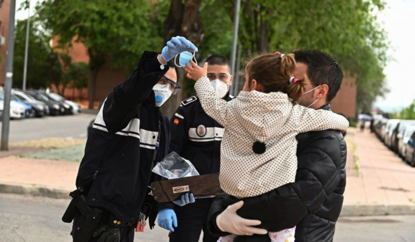 Copiii din Spania au ieșit din case pentru prima dată, după șase săptămâni de izolare