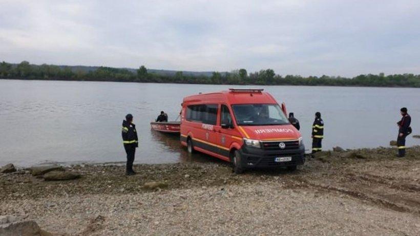 Autorităţile au găsit cadavrele a doi cetăţeni străini înecaţi în Dunăre în timp ce încercau să ajungă în România