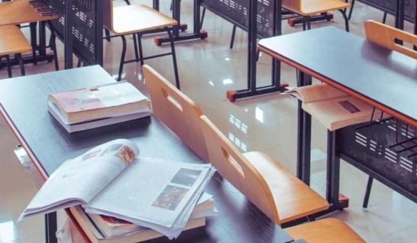 Elevii din clasele terminale revin la școală între 2 și 12 iunie