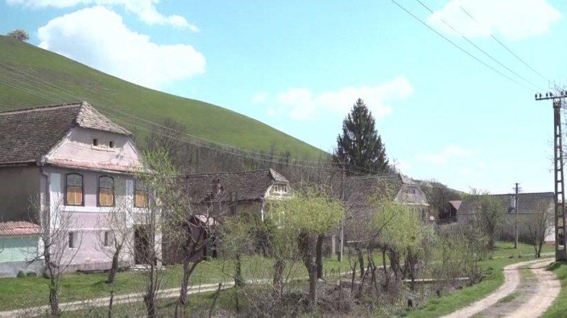 Casa la ţară, visul oricărui orăşean în pandemie. O locuinţă bătrânească costă circa 10.000 de euro