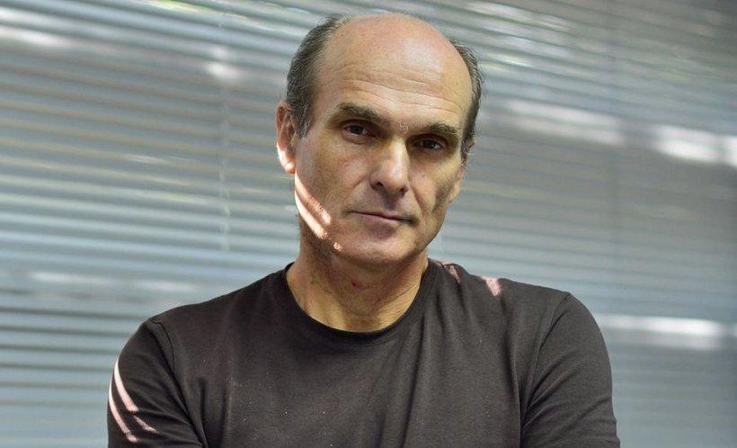 Cristian Tudor Popescu: De pe 15 mai nu o să fie mai bine. Luminița aprinsă de Iohannis nu e așa mare