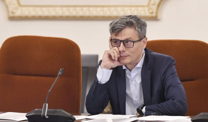 Virgil Popescu: Farmec a început producția de biocide și dezinfectanţi care pot fi utilizaţi în spitale