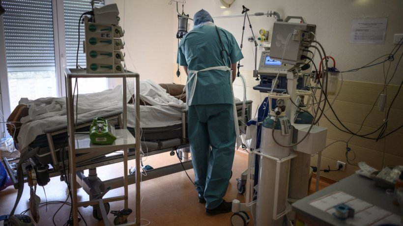 Numărul deceselor din cauza noului coronavirus a ajuns la 790, în România