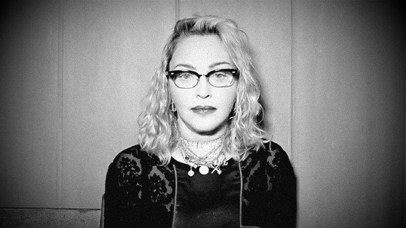 """Madonna a fost infectată cu coronavirus: """"Toţi am crezut că este o gripă foarte gravă"""""""